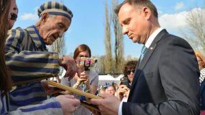 """Polonia retiró a su embajador en Israel dos días después de que Jerusalén hiciera lo mismo, debido a una ley polaca que se ha tachado de """"antisemita"""""""