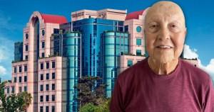 Salomón Gorshtein con el fondo del Hotel Marquis