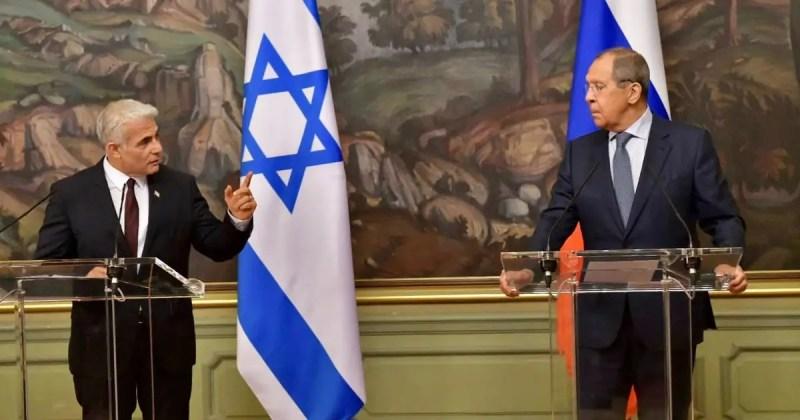 Canciller israelí Yair Lapid conversa sobre Irán con su homólogo ruso Serguei Lavrov
