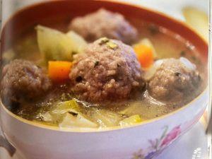 kipe hamda , platillo con bolitas de carne y verduras