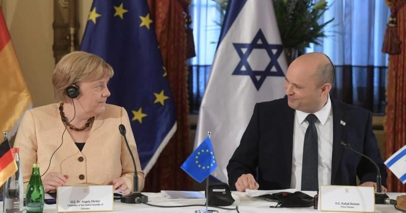 La canciller alemana Angela Merkel y el primer ministro de Israel, Naftali Brenner