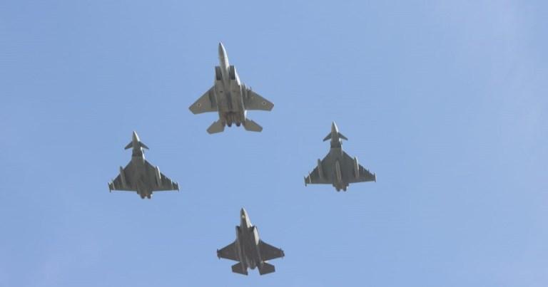Aviones de Israel y Alemania
