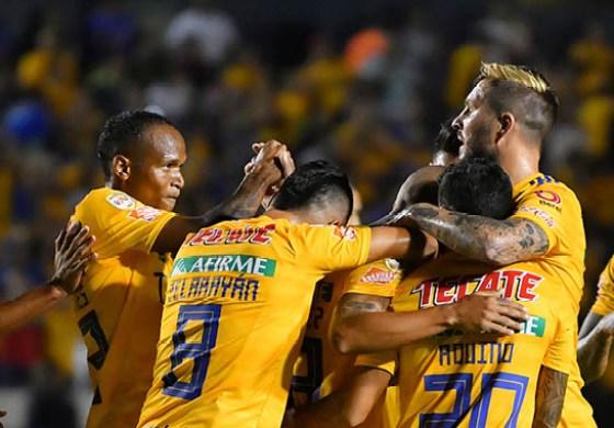 Tigres empieza defensa del título con goleada