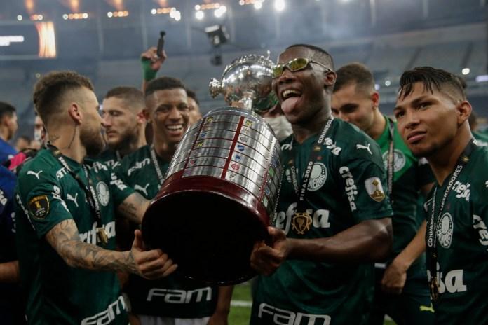 """Los festejos del """"verdao"""" al ganar la Copa Libertadores 2020"""