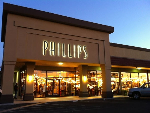 enLightenment Magazine reports on Phillips Lighting & Home