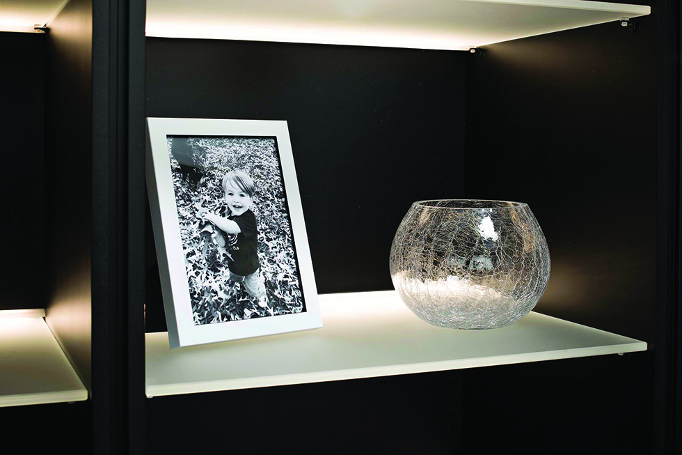 Layering_KB_Hafele_Glass Shelf
