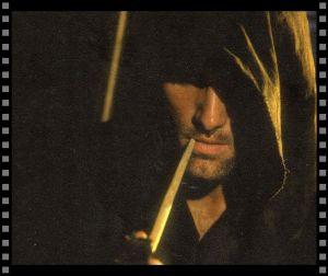 Cómo vestir a tu héroe: Aragorn fumando pipa