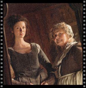 Cómo vestir a tu heroína: Claire en el espejo