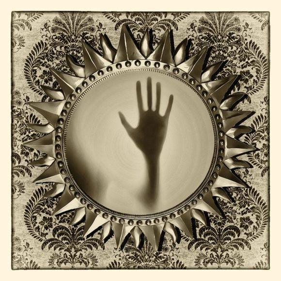 Reseña de El secreto de lady Sarah: mano en el espejo