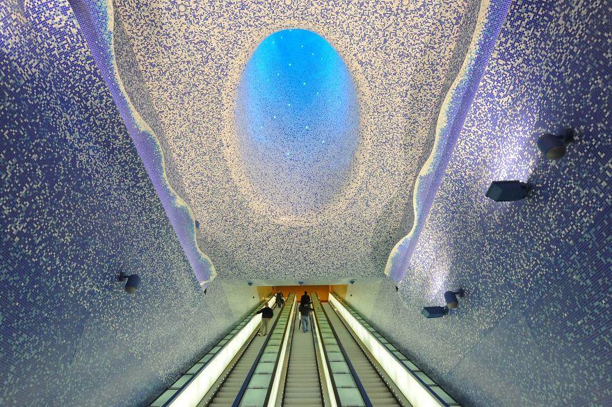La station de métro Toledo, Naples, Italie