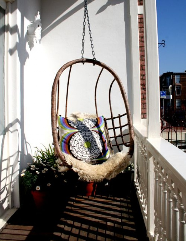1178855-650-petit balcon