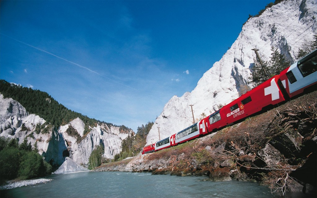 10-of-the-most-scenic-train-routes-in-the-world-10