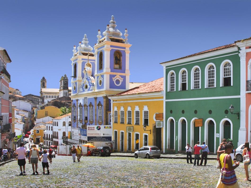 quartier-du-pelourinho-salvador-de-bahia-bresil colorées