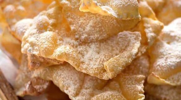 Chiacchiere: Ecco la ricetta per preparare il perfetto dolce di Carnevale