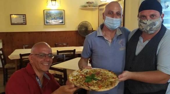 Sant'Agnello. La pizza carminuccia alla Stelluccia novità dell'estate