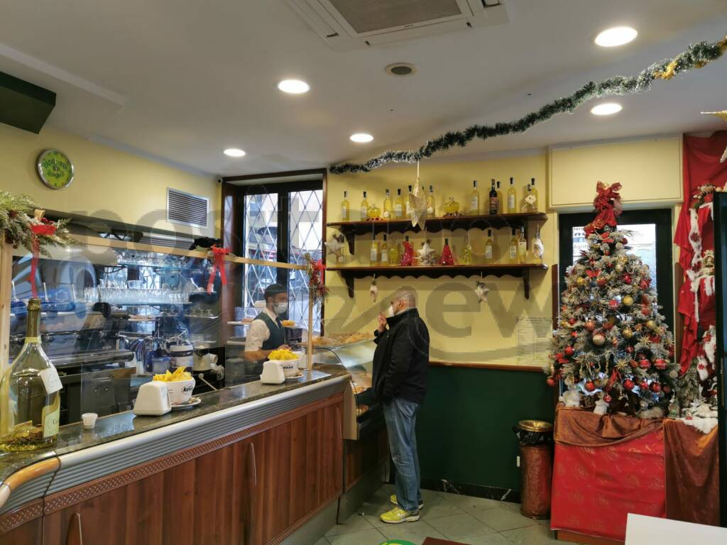 Meta: al Bar Romano è già Natale