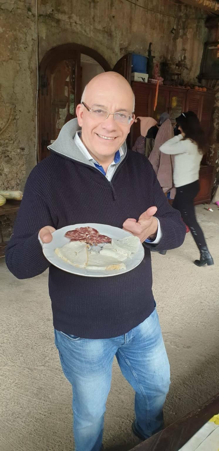 Michele Cinque formaggio Oliva Tramonti