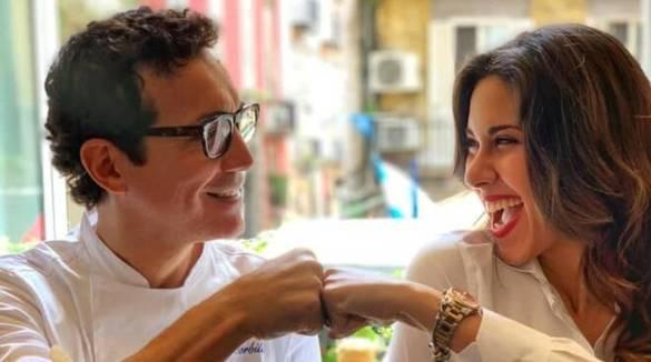 Dalla Costa d' Amalfi a Napoli , Francesca Faratro da Gino Sorbillo per Foodings