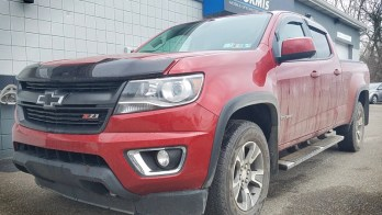 Corry Client Adds CD Player to Factory Radio in 2016 Chevrolet Colorado