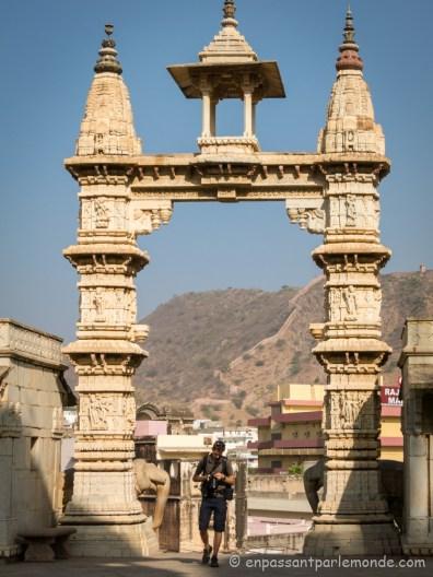 Temple hindou au bas du fort
