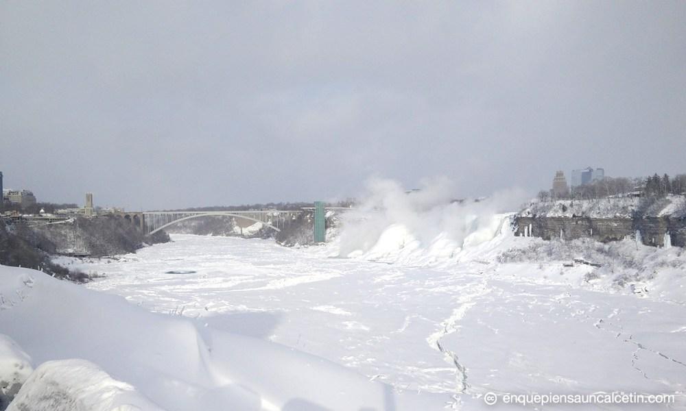 cataratas del niágara congeladas