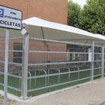 aparcamientos cubiertos para bicicletas en el Campus de Vegazana de la ULE