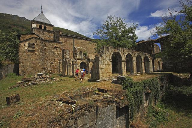 Montes de Valdueza. Monasterio de San Pedro de Montes (Copy)