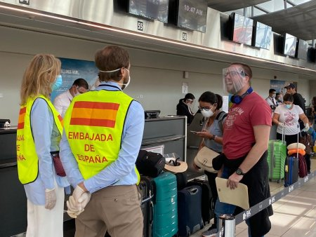 Exteriores culmina esta semana las repatriaciones de turistas españoles