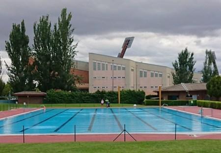 piscina saez de miera