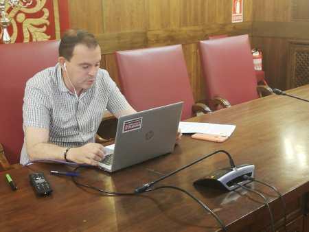 Francisco Requejo envía cartas de protesta a Correos y Telégrafos