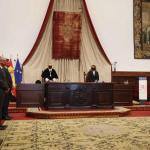 El rector, Ricardo Rivero, ha presidido en el Paraninfo de las Escuelas Mayores el solemne acto de apertura del curso académico 2020-2021 en la Universidad de Salamanca