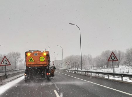 Ábalos asegura que todos los dispositivos de vialidad invernal continúan en situación de alerta