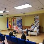 La directora de @JuventudCYL @estela_lpez , abre en la RJ Doña Urraca, el ciclo estival de actividades de promoción artística y cultural con el curso de iniciación al cine