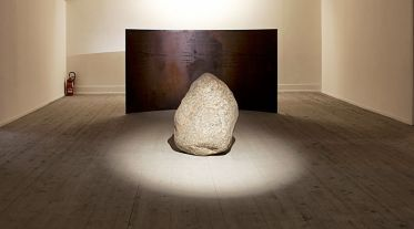 Lee Ufan, Relatum - Counterpoint, 2009