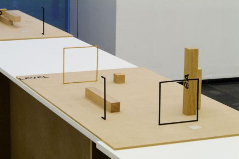 Peter Downsbrough, LEVEL-AS, maquette, 2005