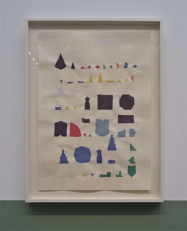 Yto Barrada, Répertoire ornemental des formes de tesselles (zellige), 2013, collage sur papier. « Faux guide », Carré d'Art - 2015-2016