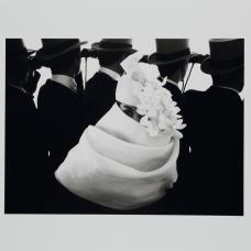 Franck Horvat, Pour revue Jardin des modes, chapeau Givenchy, 1958, épreuve argentique, Coll. Musée Réattu-Arles, Dépôt des rencontres, 2005 © DR