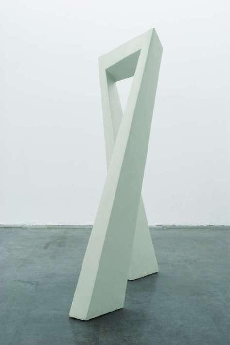 Tjeerd Alkema, Autre Porte, 1994-2009, contreplaqué, acier, polyester, acrylique, 208 x 120 x 80 cm. Photo © FRAC Languedoc-Roussillon. Collection FRAC Languedoc-Roussillon