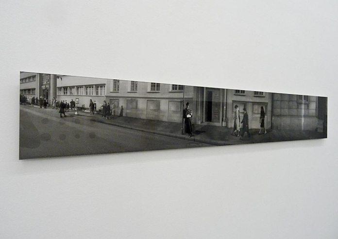 Habile beauté (L'art comme processus) au Frac Languedoc-Roussillon - Julien Audebert, Reconstitution du meurtre de Elsie Beckmann, 2004