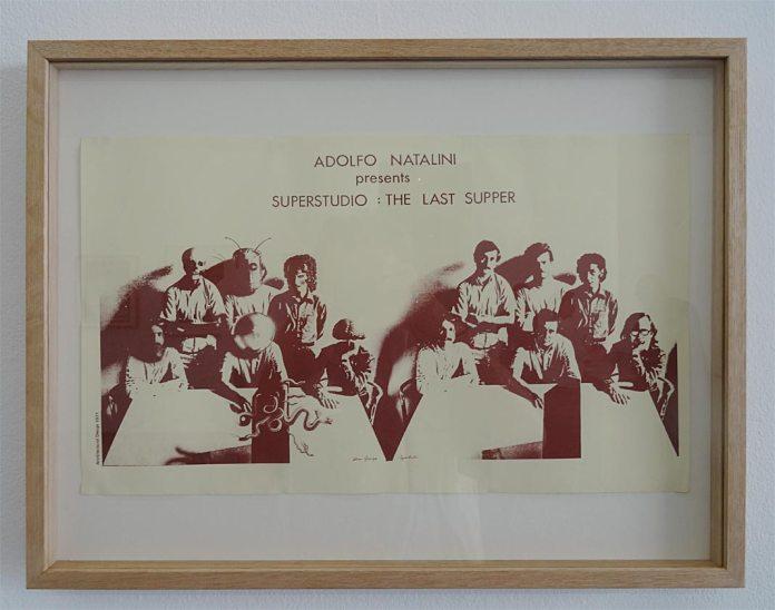 Adolfo Natalini presents Superstudio : The Last Supper, 1971, affiche, impression sur papier, 29.3 x 48.3 cm