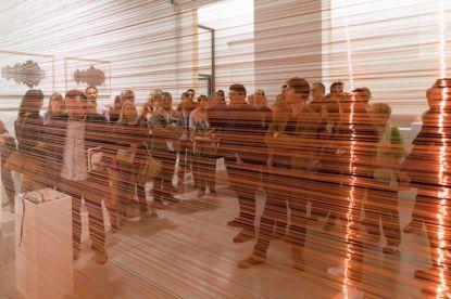Joyce Hinterding Aeriology, 1995-2015 Fil de cuivre, oscilloscope Dimension variable. Photo Olivier Cablat