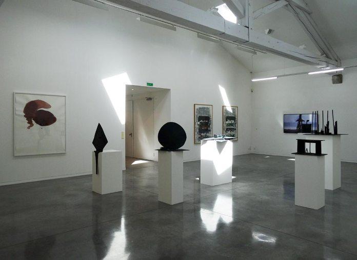 João Maria Gusmão & Pedro Paiva, Andy Goldsworthy, Joan Mitchell et Adrien Missika - La Promenade, MRAC, Serignan