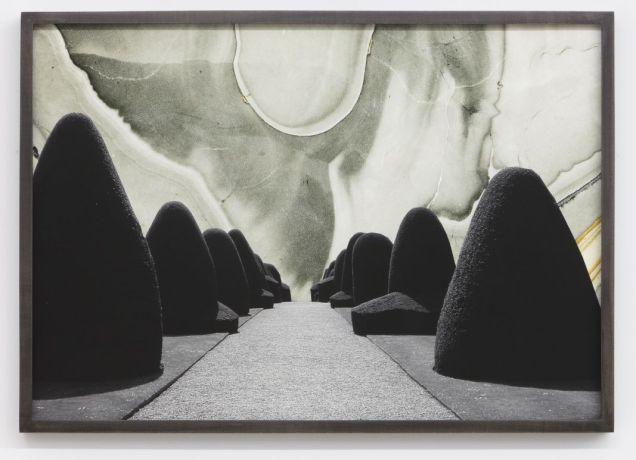 """Maria Loboda, Formal Garden In The Early Morning Hours"""", 2013 Courtesy de Maisterravalbuena et l'artiste"""