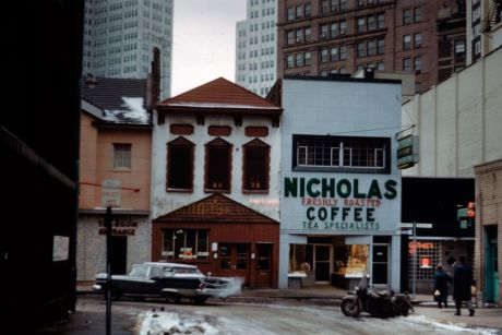 Allan Jacobs, Market Square, quartier d'affaires, Pittsburgh, mars 1960 © Allan B. Jacobs
