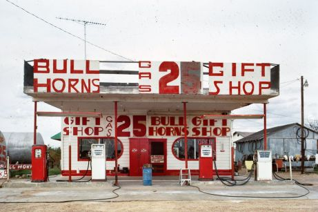 Richard Longstreth, Station-service et magasin de souvenirs, Route 66, McLean, Texas, novembre 1972 © Richard Longstreth