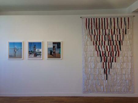 Vue de l'exposition - œuvres de Namsa Leuba et Abdoulaye Konaté. - Photo Hybrid