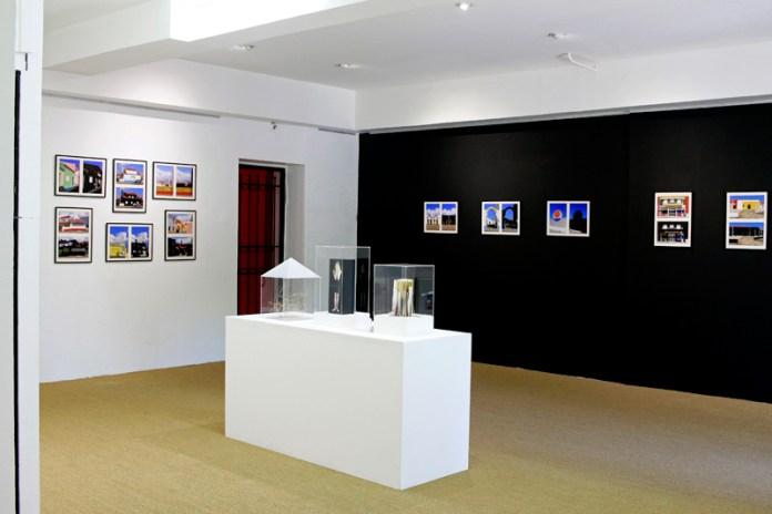 Yann Dumoget, L'œuvre au noir à la galerie Annie Gabrielli. Photo Yann Dumoget.