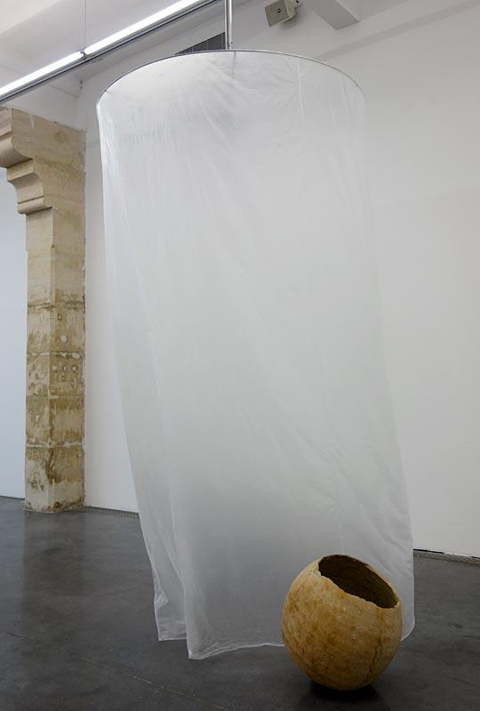 Arnaud Vasseux, Amphore bétique et Tangente, 2011-2017 - Du double au singulier au Frac à Montpellier