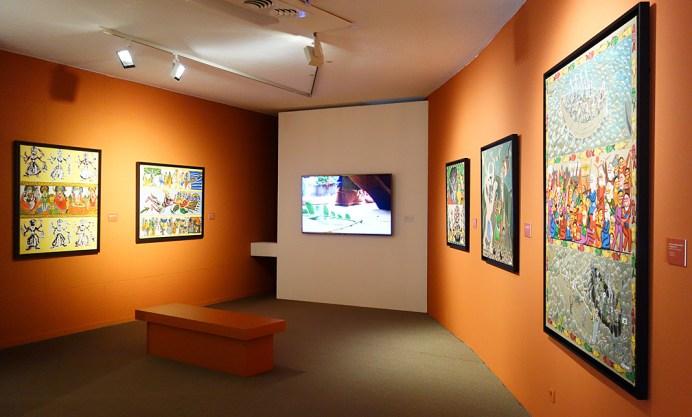 André Cervera et Swarna Chitrakar - Vue de l'exposition «4 à 4» au Musée Paul Valéry - Sète