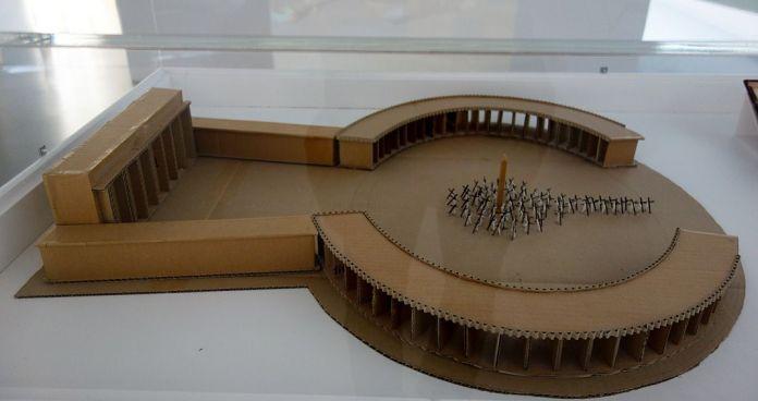 Adel Abdessemed, Scale model for Dio, 2.0, 2010 - J'♥ Avignon à la Collection Lambert
